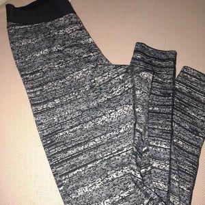 Nike pro size small leggings